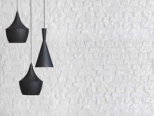 מנורת תלייה שחורה