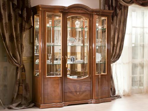 ארון תצוגה קדמי מזכוכית מחומרים מסורתיים