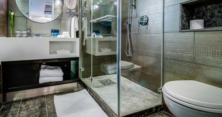 חדר אמבטיה משופץ